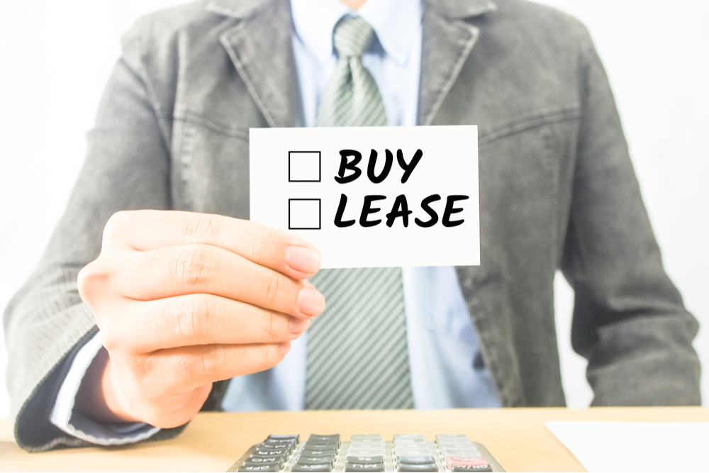 Buying vs. Leasing a Warehouse: Which is Best?
